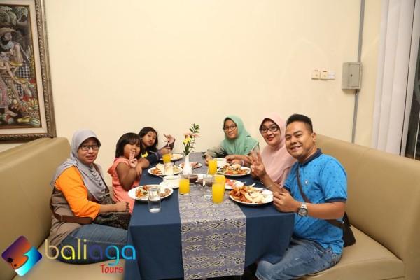 Yadi Sembako & Family